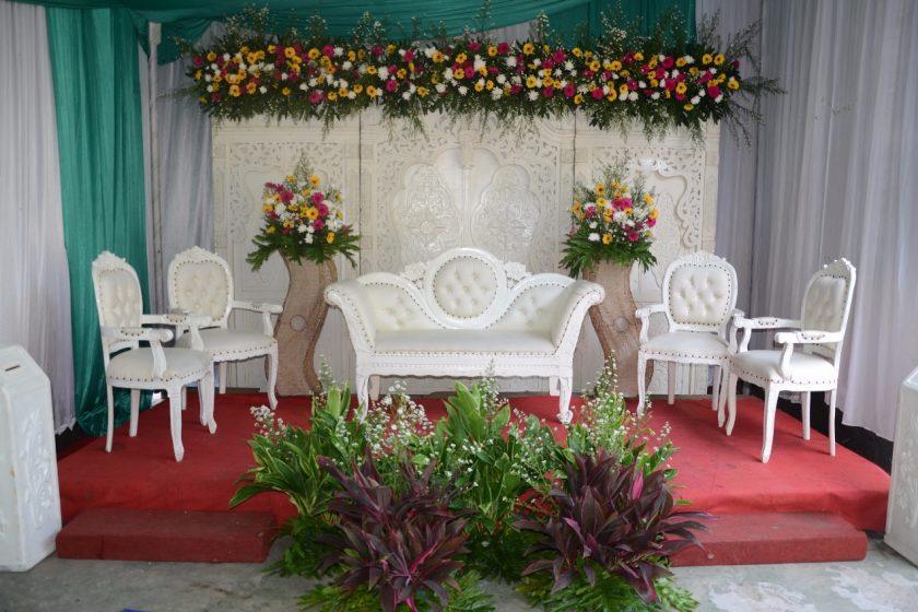 Cipinang Besar Paket Rias Pengantin dan Dekorasi 082298385915