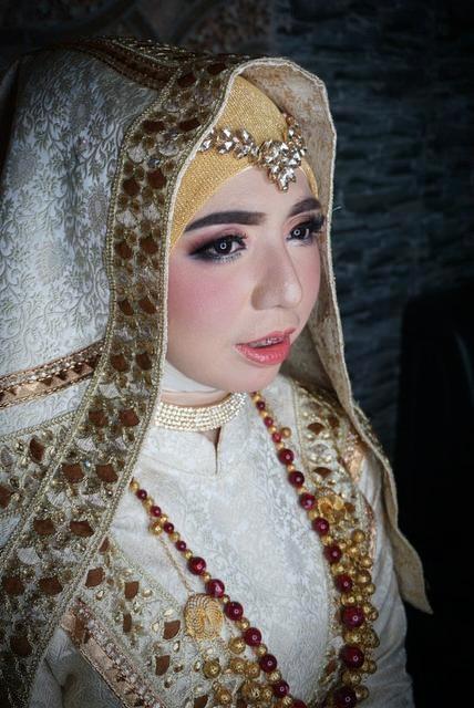 PAKET RIAS PENGANTIN MUSLIMAH CIPINANG JAKARTA TIMUR
